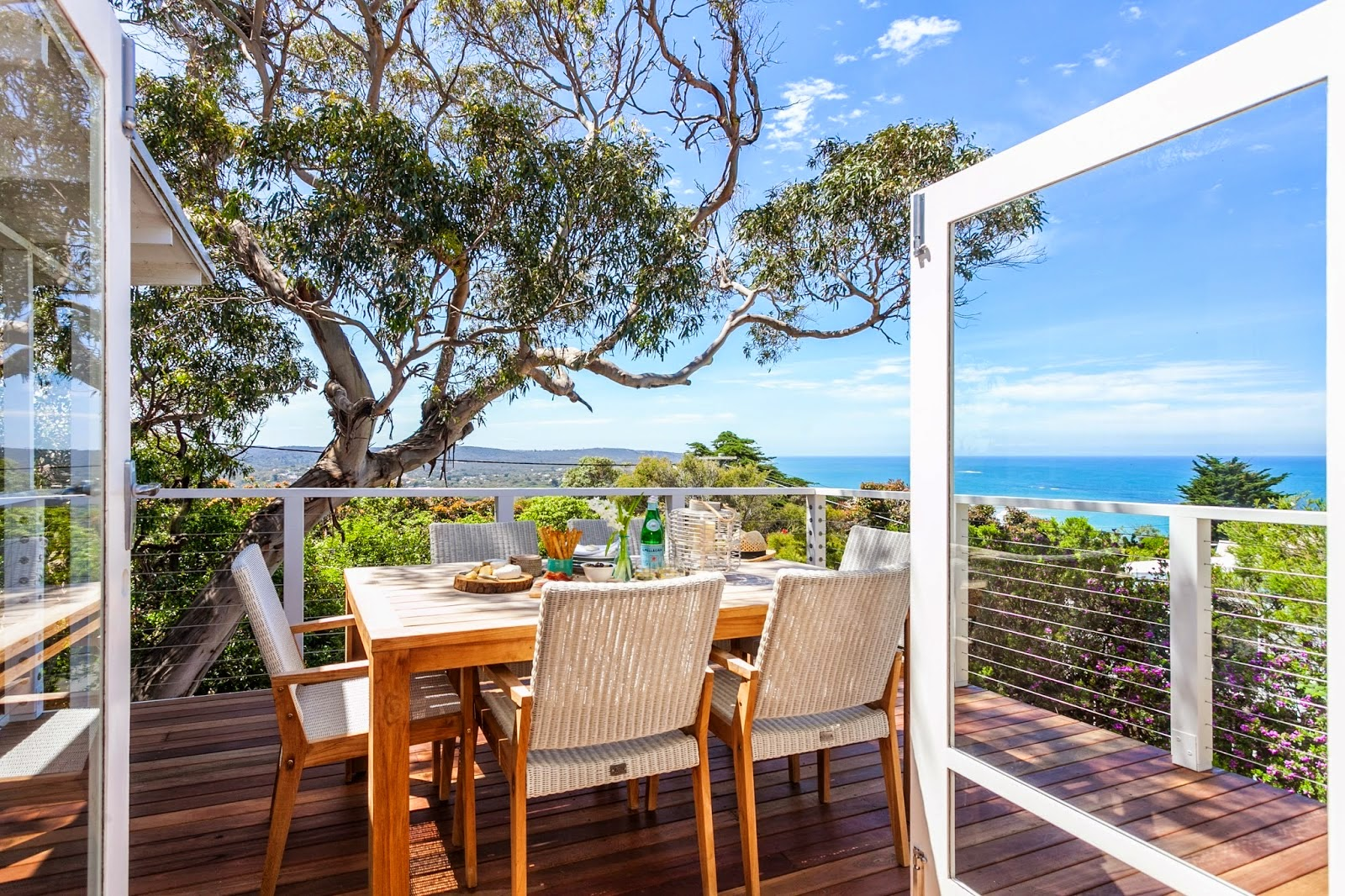 Feature friday: a beach house at angelsea on the great ocean road ...