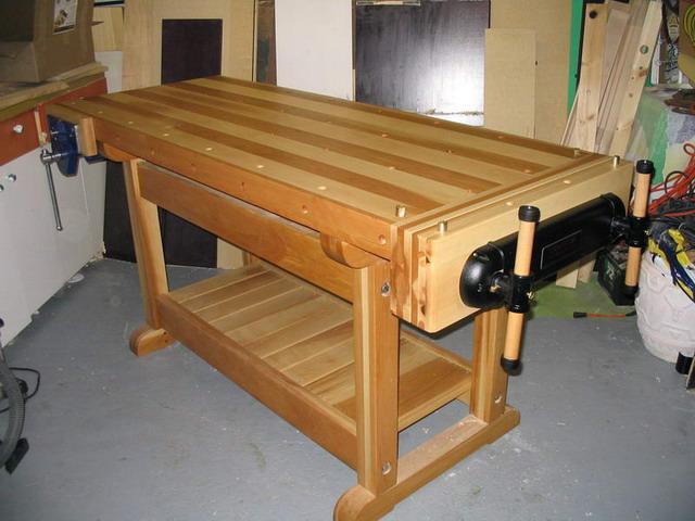 une r alisation de tomy b dard tabli traditionnel morderne. Black Bedroom Furniture Sets. Home Design Ideas