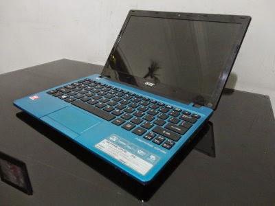Netbook Acer Aspire One 725 Biru Laptop Bekas Malang