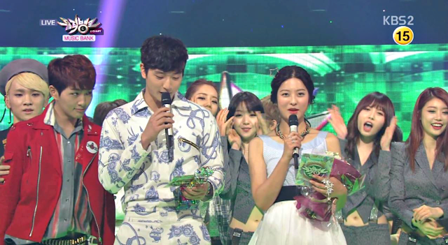 Shinee's Onew Music Bank 130427_1
