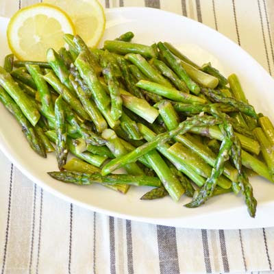 Benefits and recipes with asparagus