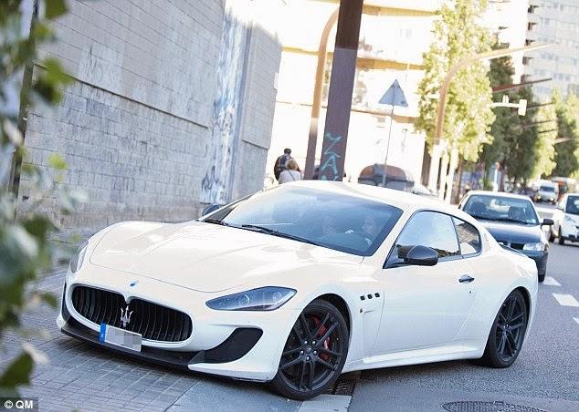 Quelle voiture conduit Lionel Messi, marque de voiture ...