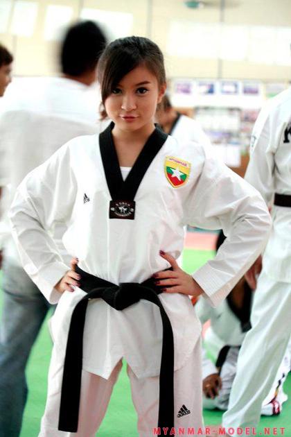 wut hmone shwe yee in teakwondo sports outfit 01