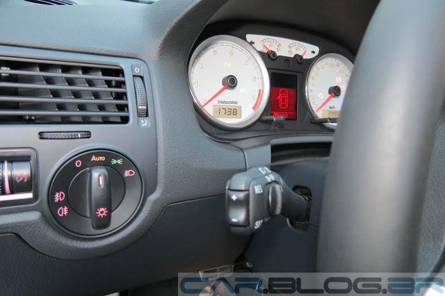 VW Golf Sportline 2014 - Faróis com acendimento automático