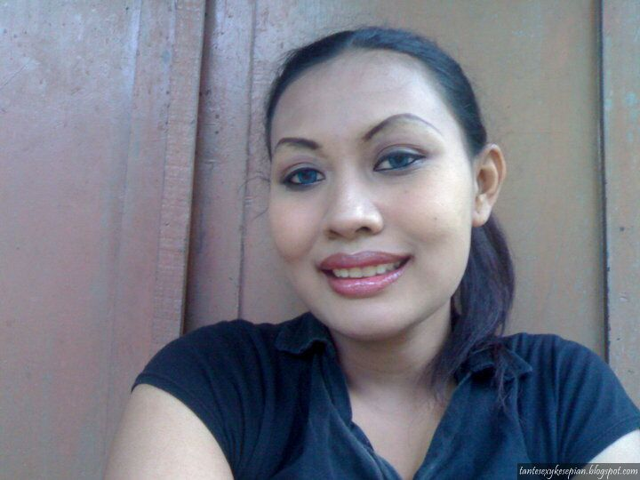 Payudara Gadis Desa muda mudi gaul gadis desa yang. apexwallpapers.com.