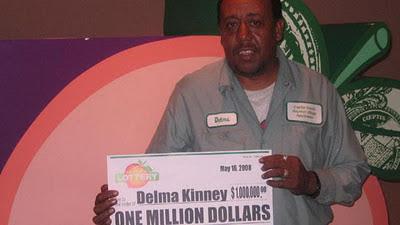 gana dos veces la loteria