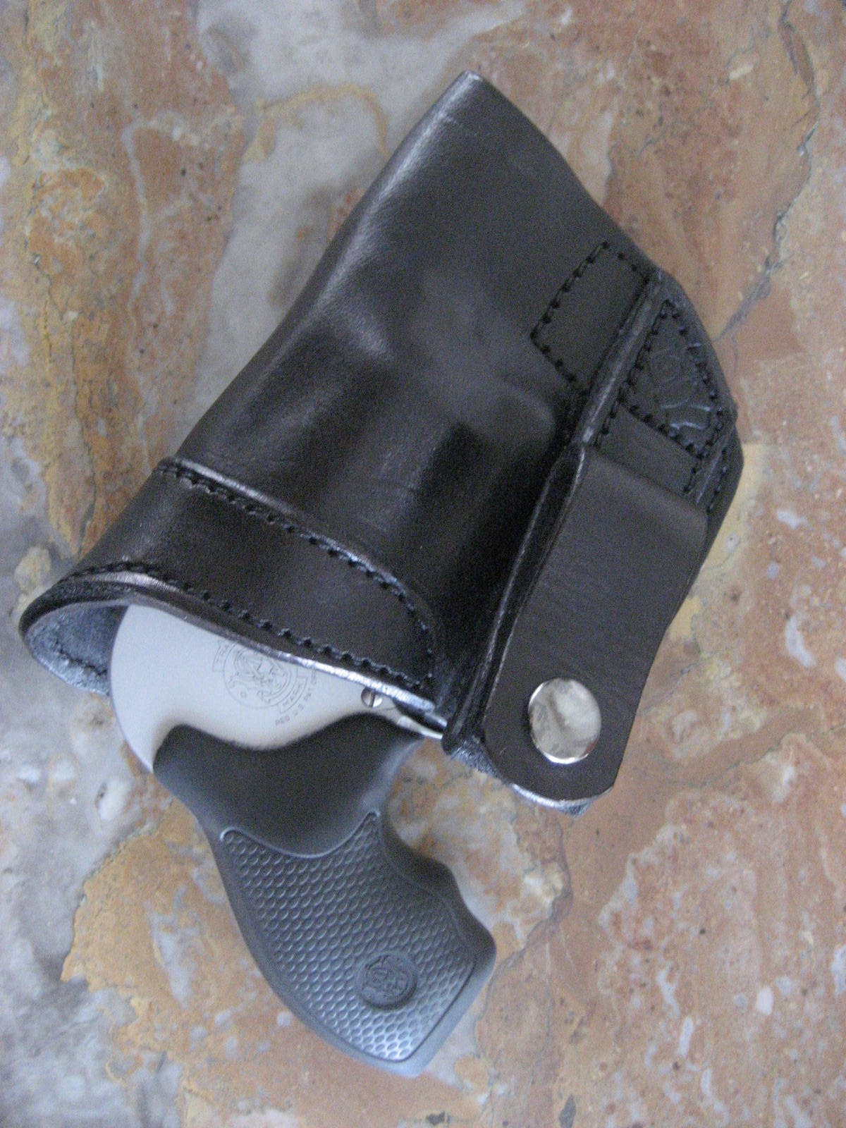 Shangrila Towers: Guns: Side Guard Holsters review - Tuck Snap IWB ...