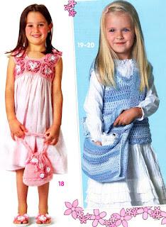 Вязаное платье,сумочка,шлепанцы,топ и сумка для девочки