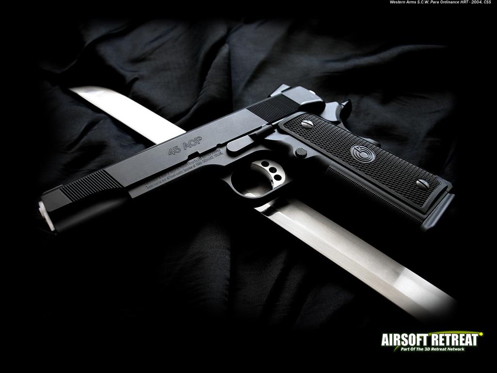 http://3.bp.blogspot.com/-_3DxaJEBIqw/TkAnRVT70wI/AAAAAAAAAjk/tJG_dHbOaC8/s1600/Gun+Wallpaper+%25282%2529.jpg