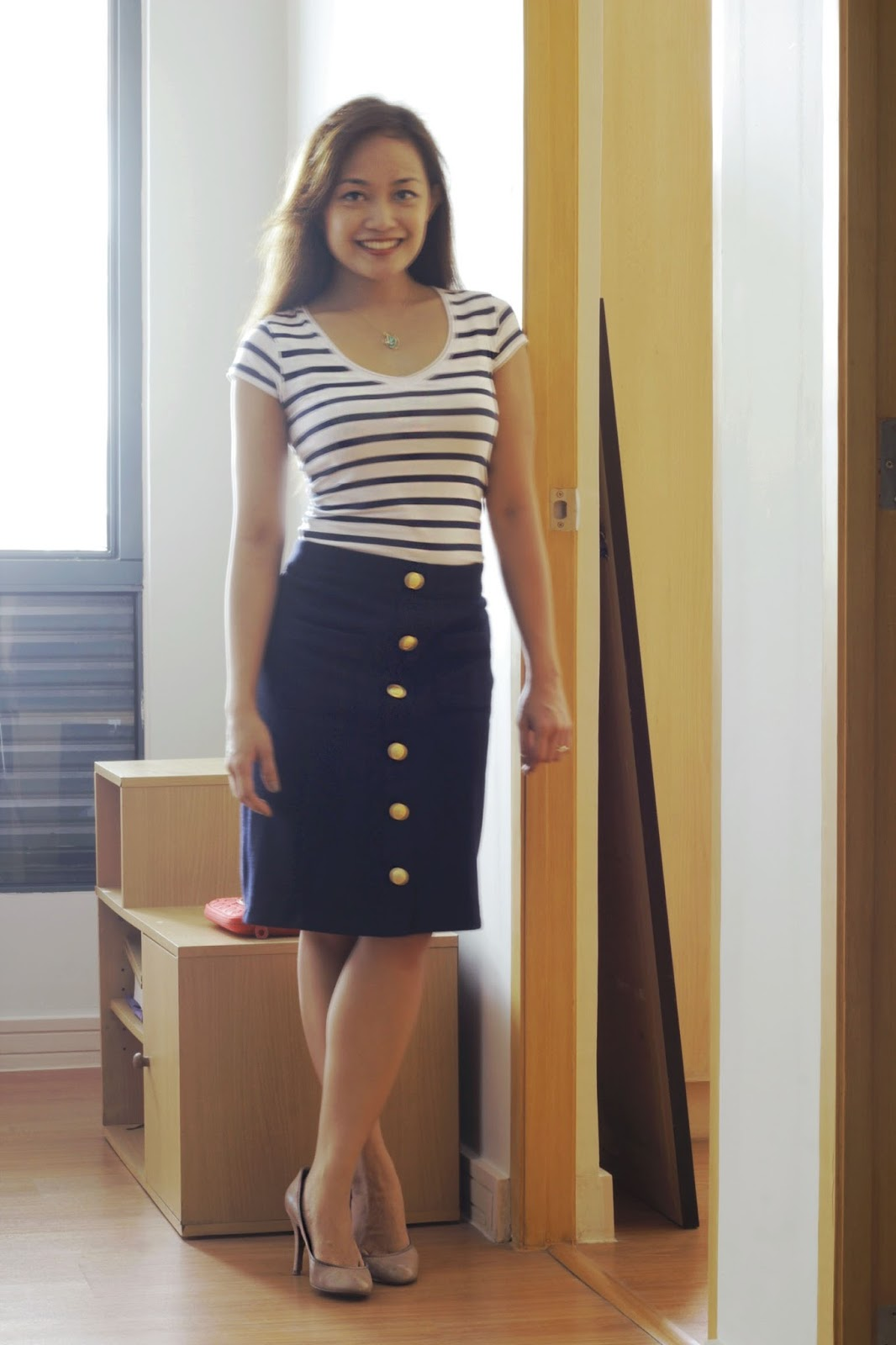 workwear, navy blue outfit, sailor outfit, stripes, pencil skirt, outfit for work