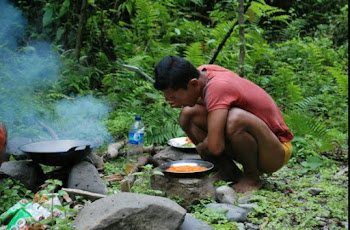 Stylish(cooking For Dinner In the Jungle)