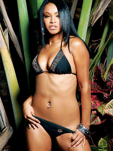 Ebony and Sexy - Free Bikini Ebony Pics