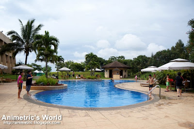 Swimming Pool at Taal Vista Hotel in Tagaytay