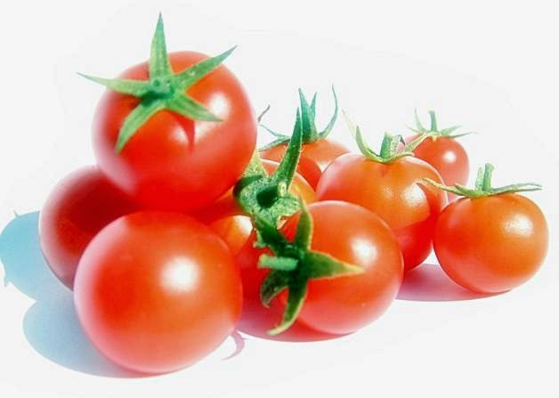 Remove Acne With Tomatoes
