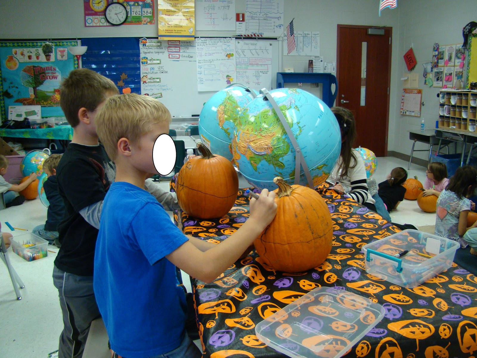 3 teacher chicks pumpkin globes 6 the next day we paint make sure to tell kiddos to wear old clothes or bring a paint shirt they will get paint on them dont ask me how sciox Choice Image