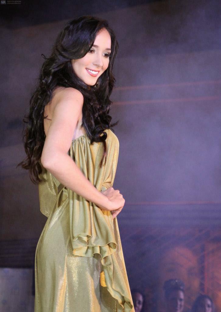 Andrea Torres Delgado Reina Guayaquil 2014