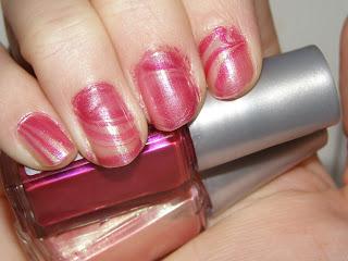 Pink water marabelling