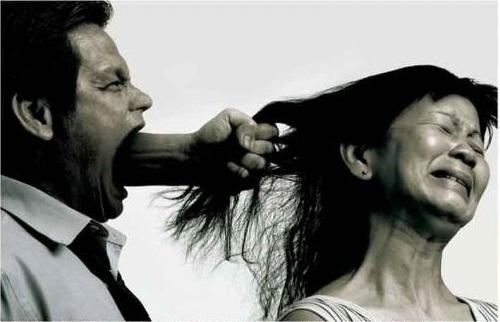 Image result for इंडियन महिलाएं झेलती हैं अधिक प्रताड़ना]