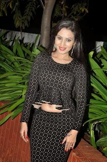 Anusmriti Sarkar looks Dazzling Pics in Tight Black Top and Skirt Lovely Glamorous Pics