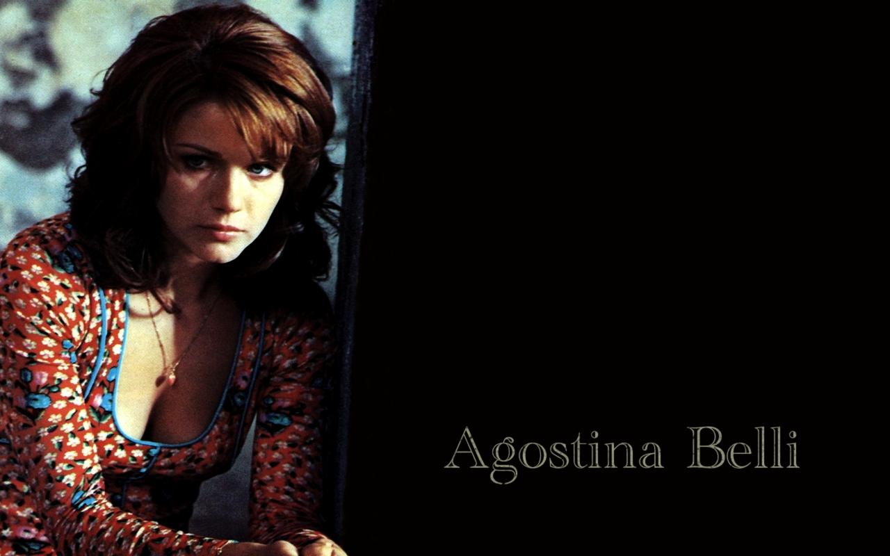 http://3.bp.blogspot.com/-_4HS7sZcw8c/T3gtxK-kMtI/AAAAAAADzlg/YDcFMd58sag/s1600/Agostina%2BBelli%2BWallpaper%2B02.jpg