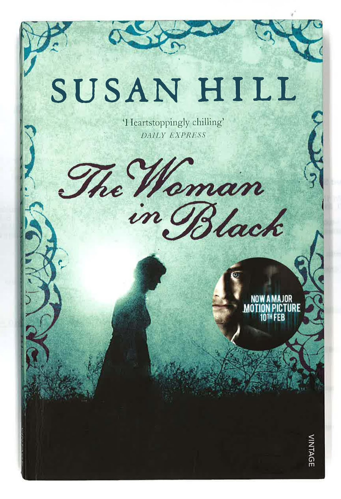 "woman in black susan hill ""it was nine-thirty on christmas eve"" susan hill's acclaimed ghost story comes dramatically alive in stephen mallatratt's ingenious stage adaptation."