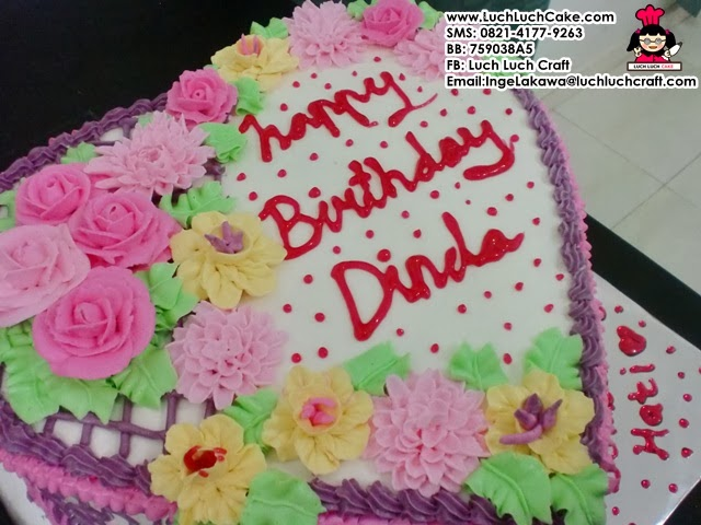 kue tart hati romantis cantik