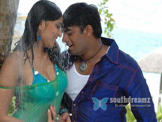 Anushka Hot With Madhavan - WapSpot.Mobi