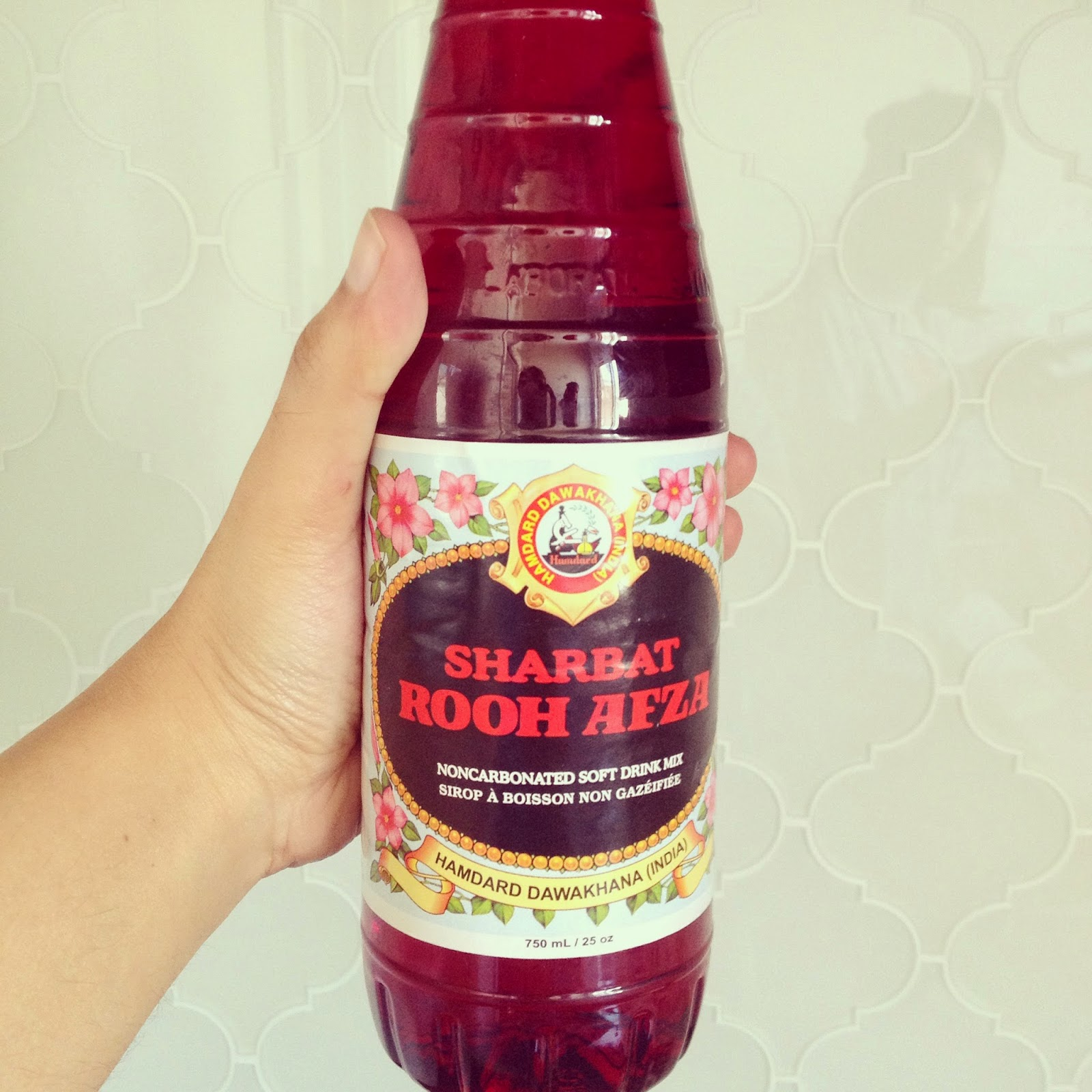 rooh afza www.footnotesandfinds.com