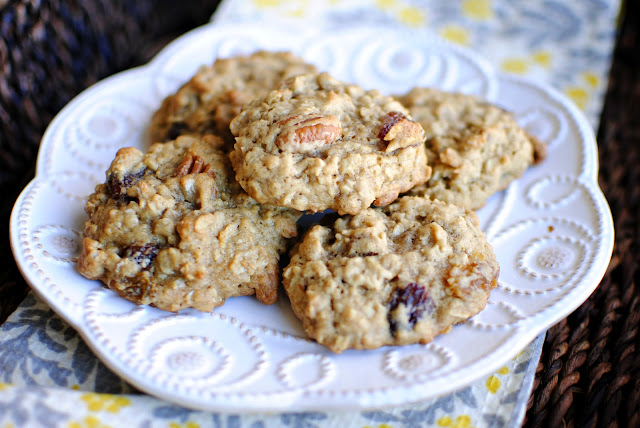 Pecan Rum Raisin Oatmeal Cookies l SimplyScratch.com