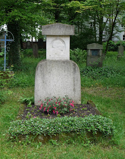 Grab von Carl Spitzweg auf dem Alten Münchner Südfriedhof