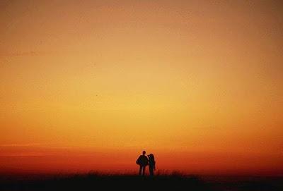 Main dans la main  dans Amour PERSO054