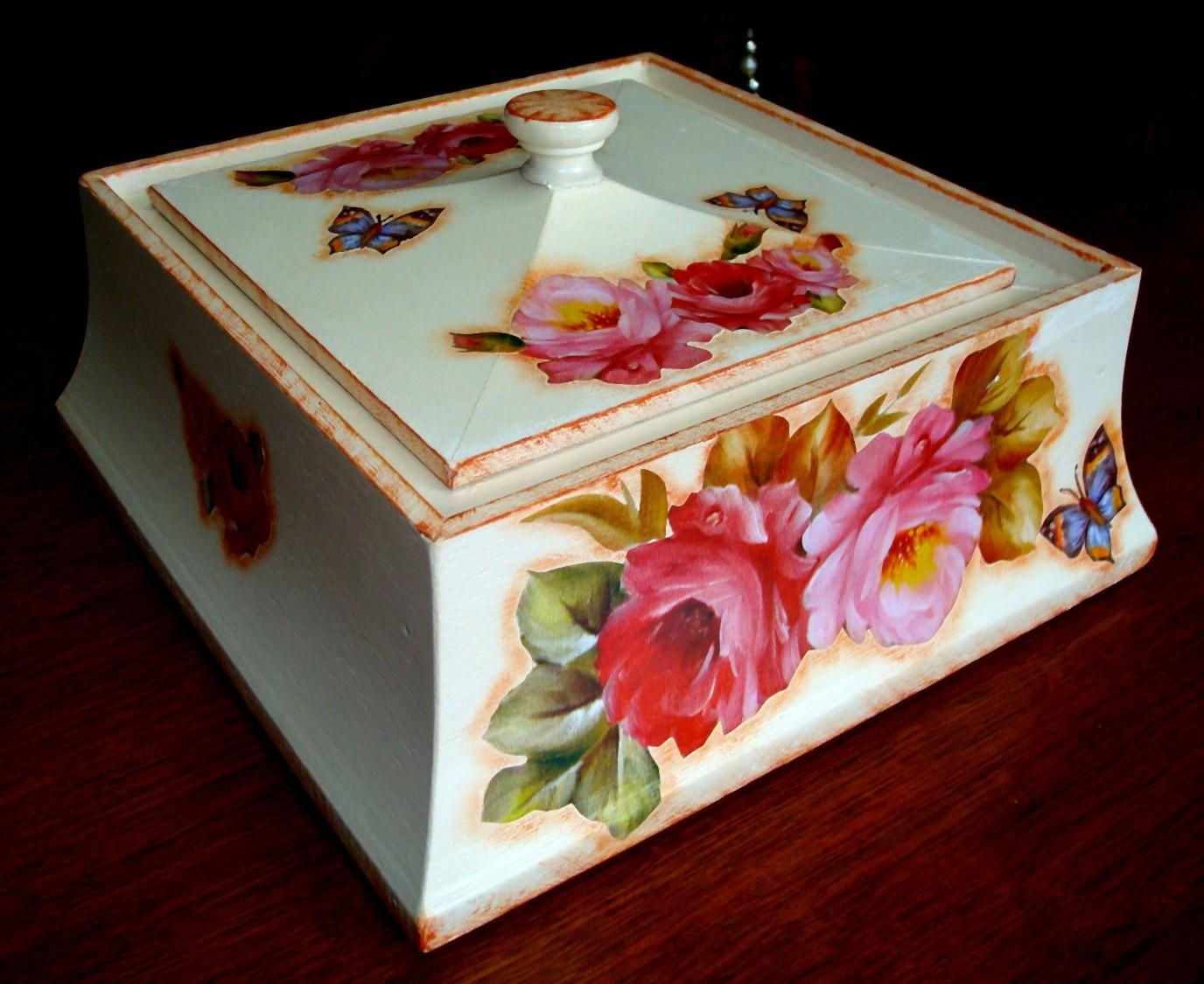 Arte em Madeira: Caixas de madeira maciça com decoupage lindas #200706 1376x1125