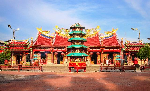 Objek Wisata Medan - Vihara Gunung Timur
