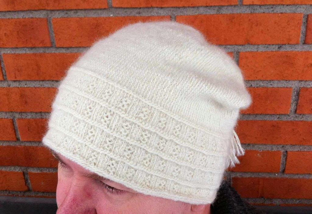 Lappone: Ormsta Hat - in twined knitting