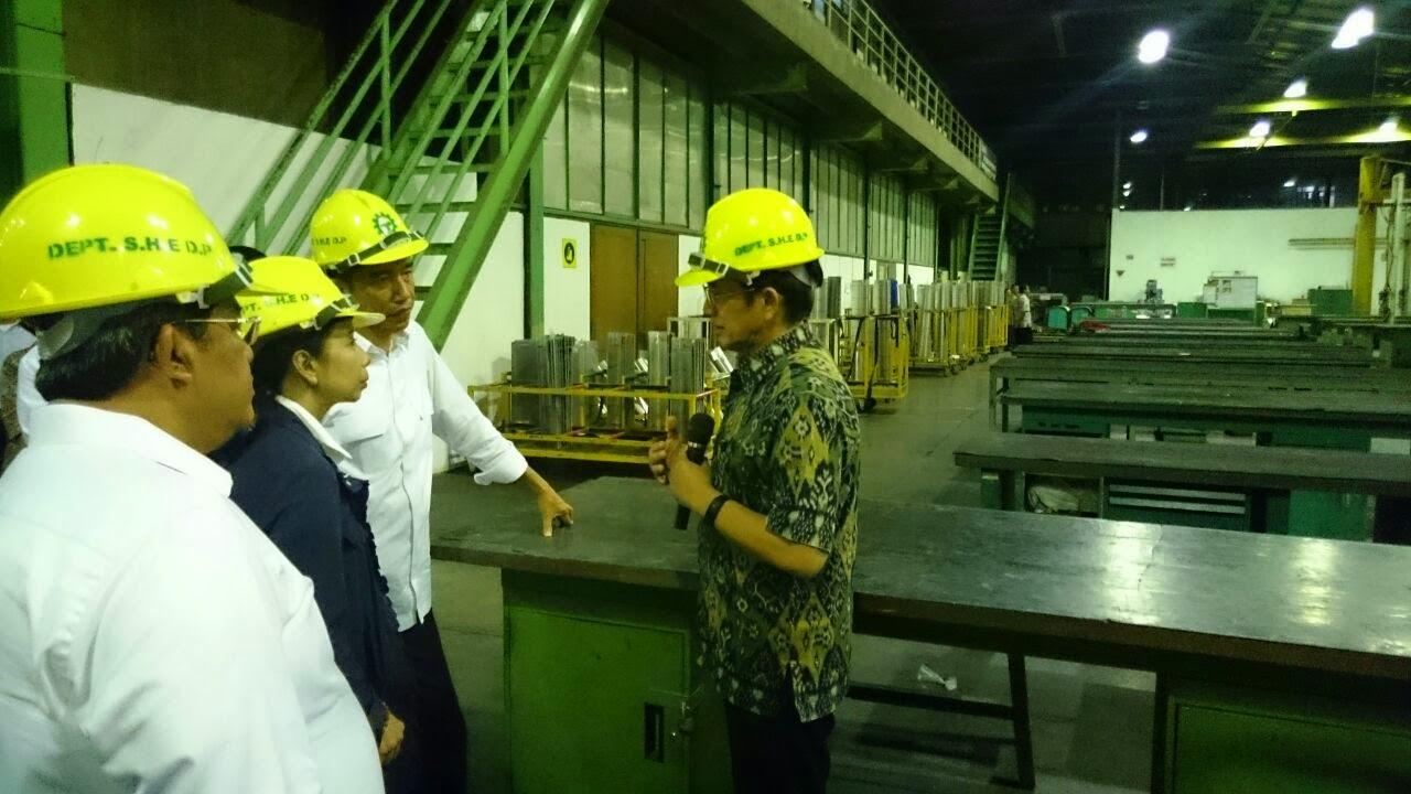 Jokowi Sarankan PT DI Fokus Produksi Pesawat Berpenumpang 30-60 Orang
