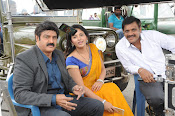 Dictator movie working stills-thumbnail-1