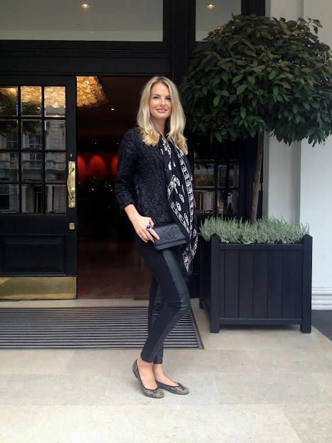 chrissabella blog, Chanel, chanel wallet on chain, WOC, chanel woc, alexander mcqueen, alexander mcqueen scarf, scarf, skull scarf