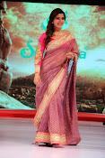 Samantha gorgeous photos in saree-thumbnail-20