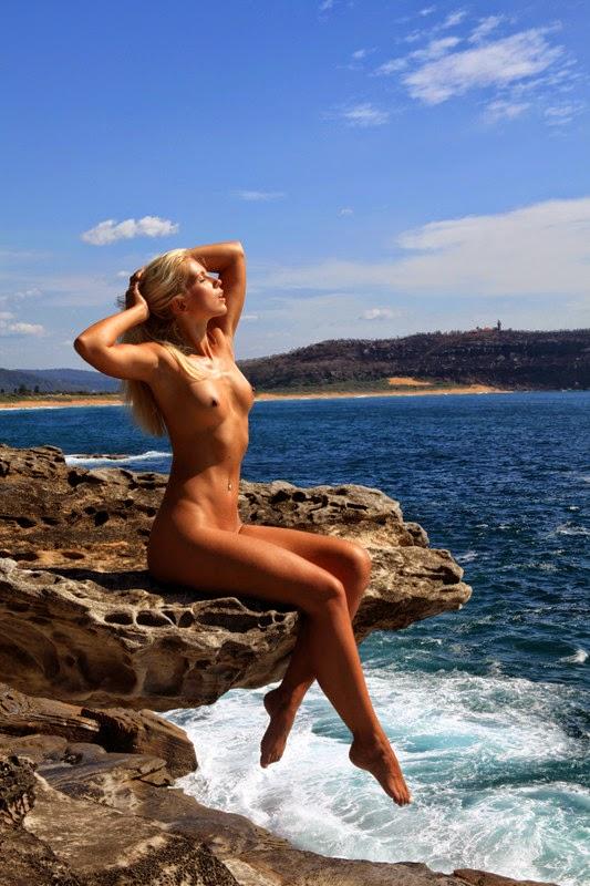 Naked dating australian 2