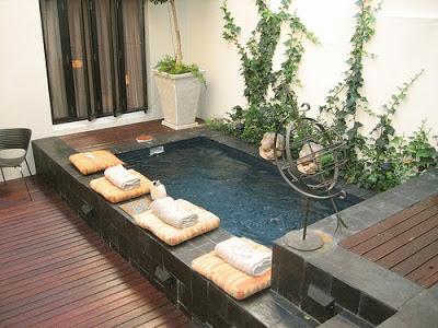Y bueno mientras me imagino que estoy en una piscina de for Piscinas para espacios reducidos