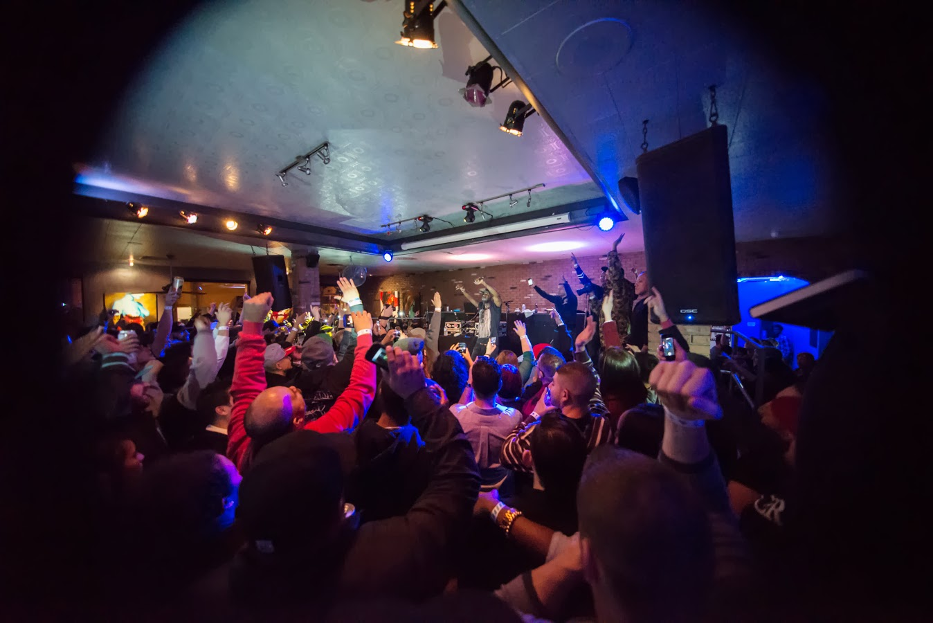 Alternative Rap Icon Talib Kweli Played To An Absolutely Packed House At The Cellar Door In Lovely Downtown Visalia Night Of Dec