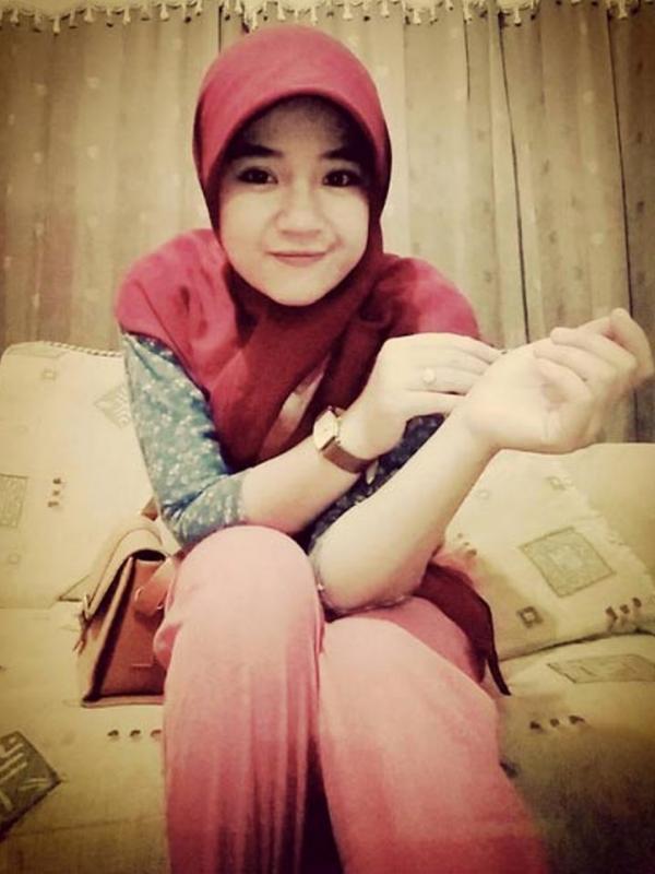 Rima Efriani Melati Satpam Cantik Asal Bandung