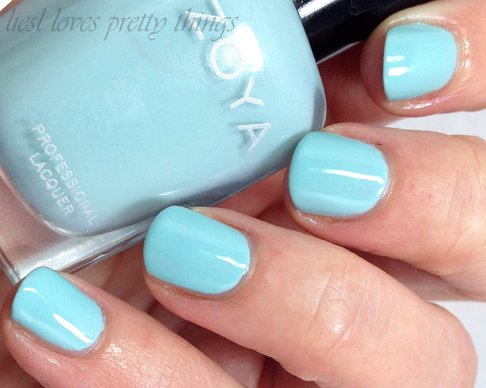 Zoya Lilian swatch and review-- Delight 2015