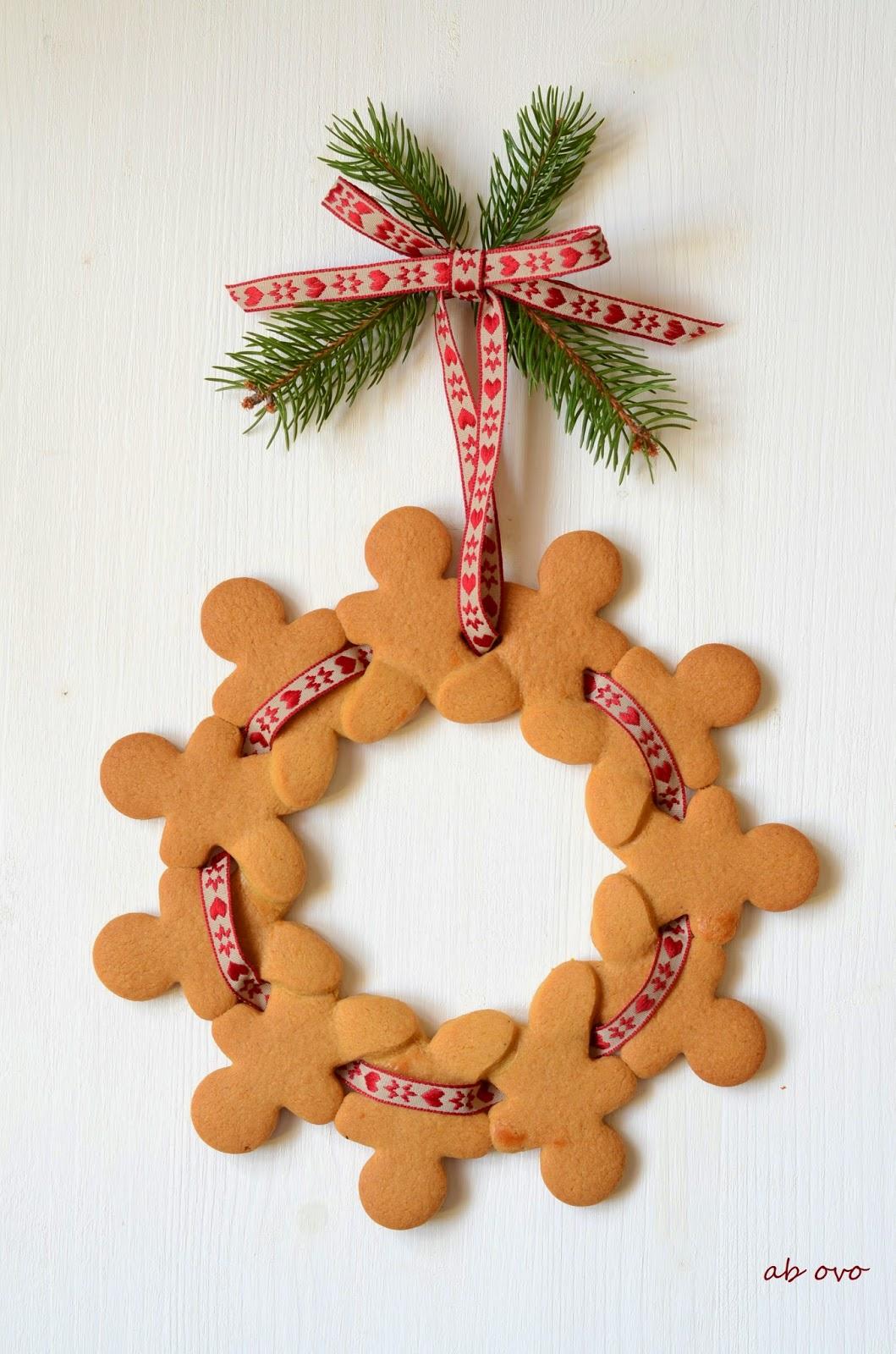 Gingerbreadmen-wreath-Ghirlanda-omini-di-pandizenzero