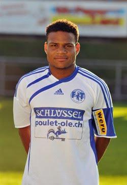 Javier Santana anota gol en Suiza jugando para el Tuggen