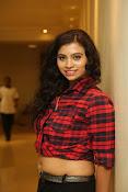 Priyanka latest glam pics-thumbnail-2