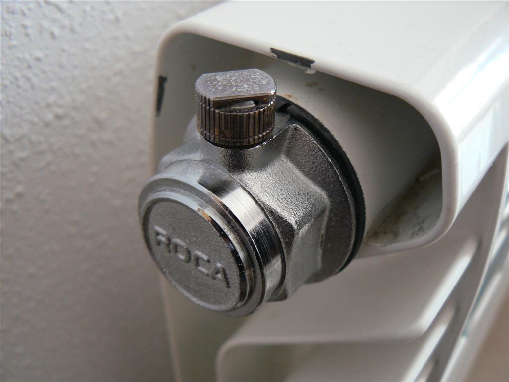 Blog tecnos fontaner a pr ctica purgar un radiador - Radiadores de aire ...