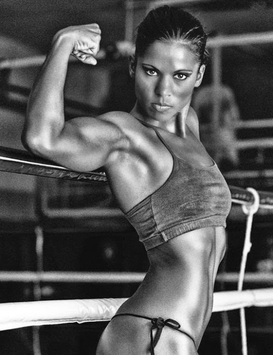 Melinda Zsiga - Female Fitness Model and Boxer