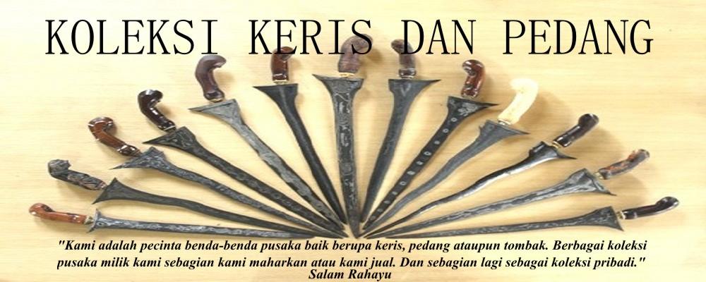 Senjata tradisional keris , pedang , tombak, benda antik dan kuno lainnya