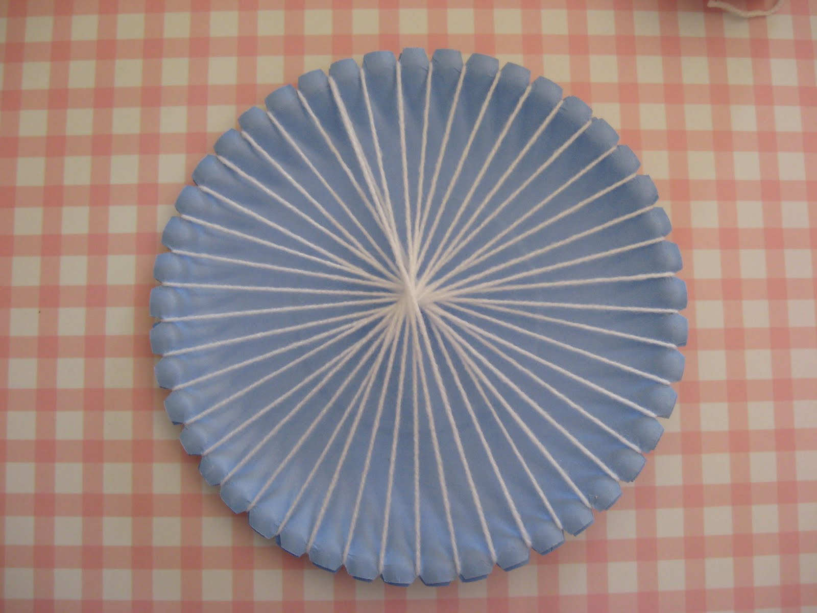 First steps in sewing Paper Plate Weaving . & Joyful Mamau0027s Place...: First steps in sewing: Paper Plate Weaving